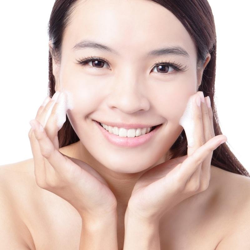 Maquiagem para pele seca: saiba quais são os cuidados especiais